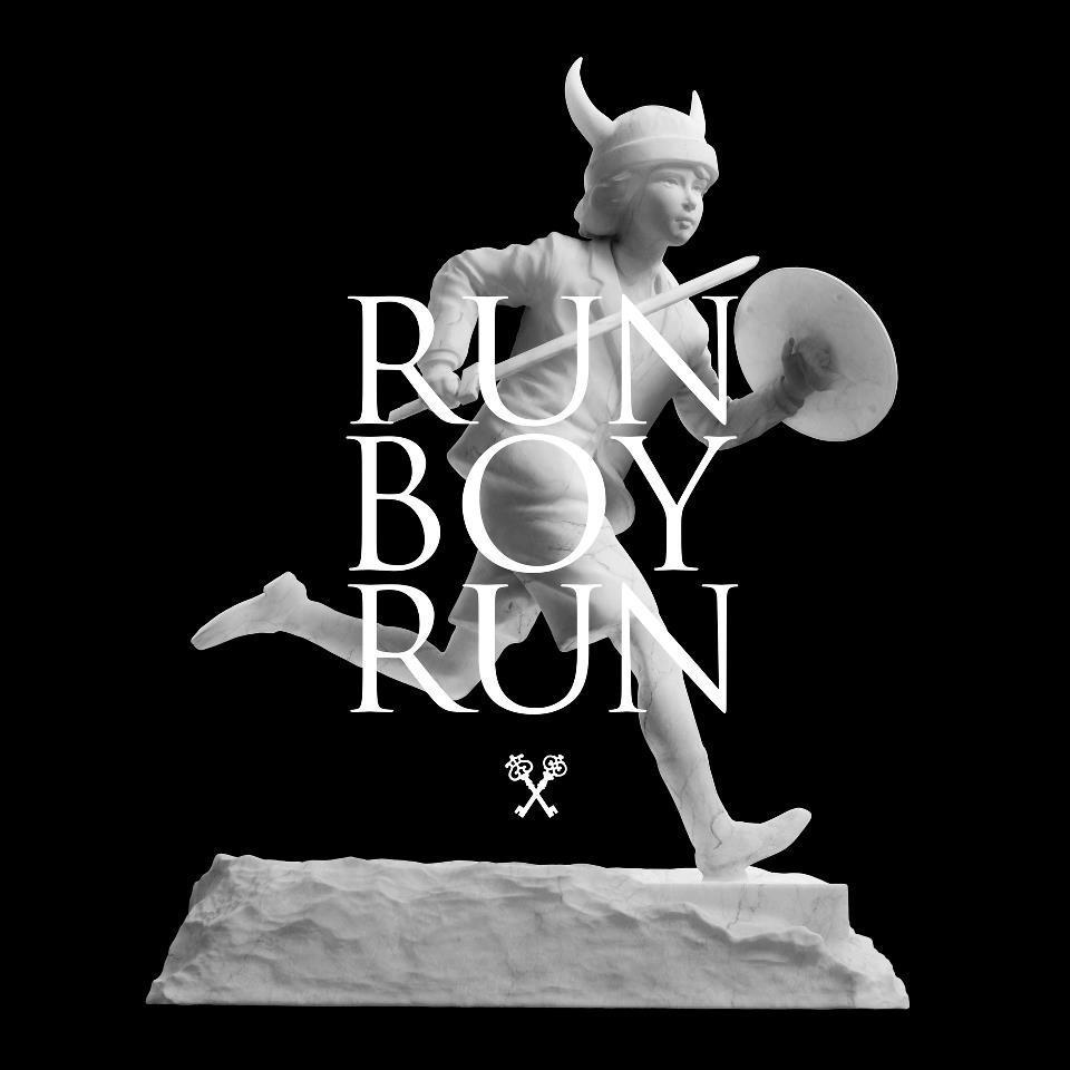 Run Boy Run, le nouveau morceau de Woodkid